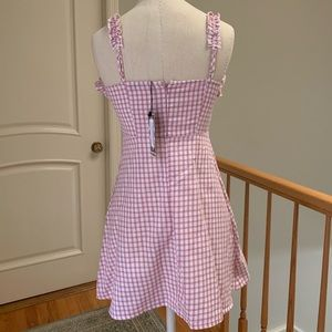 Boohoo Dresses - Pink & White Gingham Dress 💓 NEW WITH TAGS